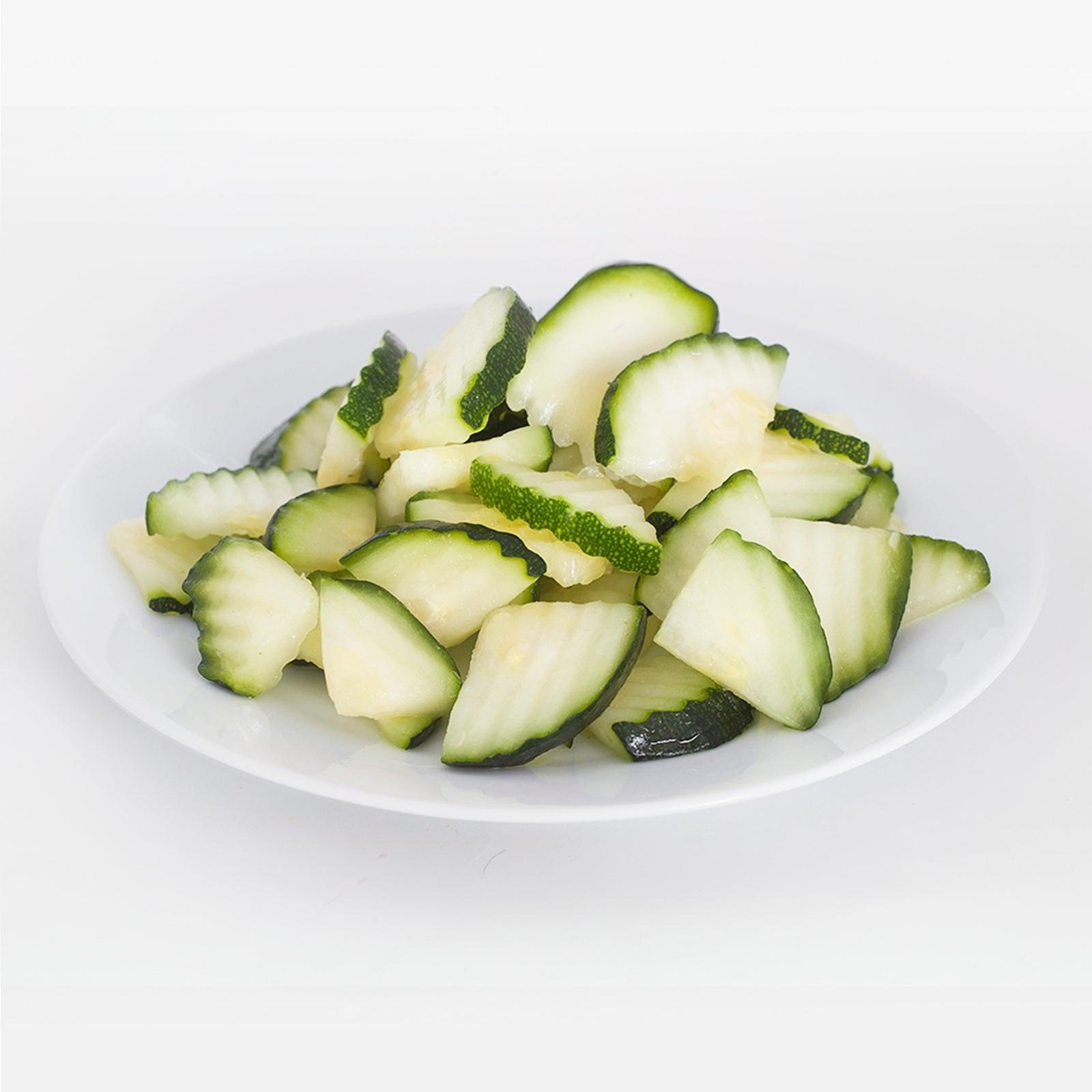 BELOW ZERO Sliced crinkle zucchini